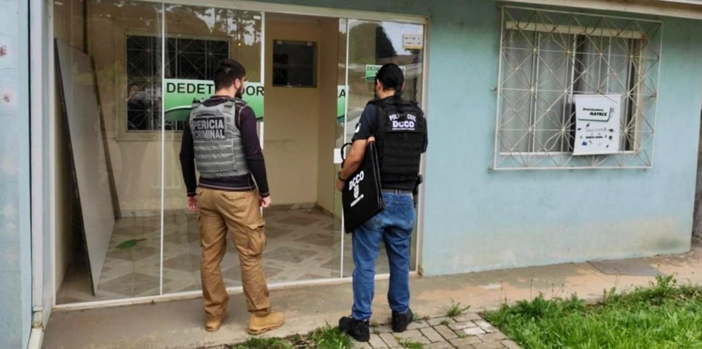 Foram cumpridos 12 mandados de busca e apreensão em endereços relacionados à empresas envolvidas — Foto: Divulgação/Polícia Civil