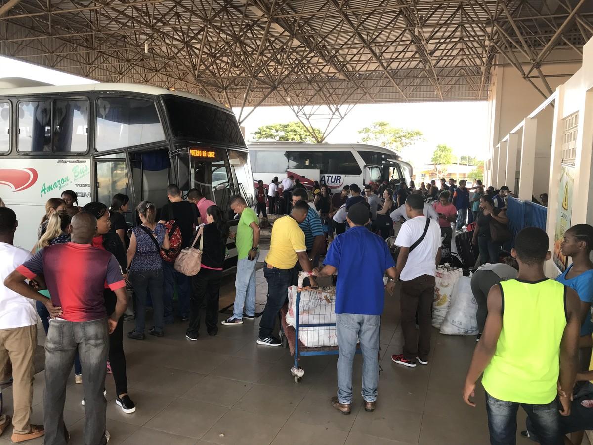Em meio à crise na Venezuela, aumenta fluxo de turistas em Roraima com destino ao país