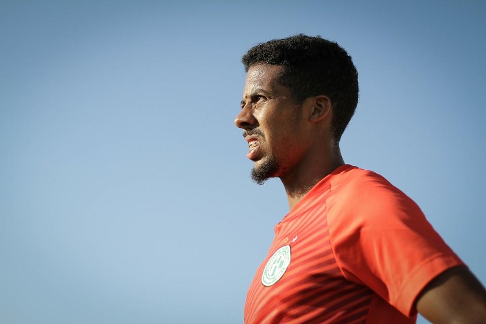 Willian Oliveira agrada a diretoria e deve ser procurado para renovar —  Foto  Letícia Martins 07561ed548f65
