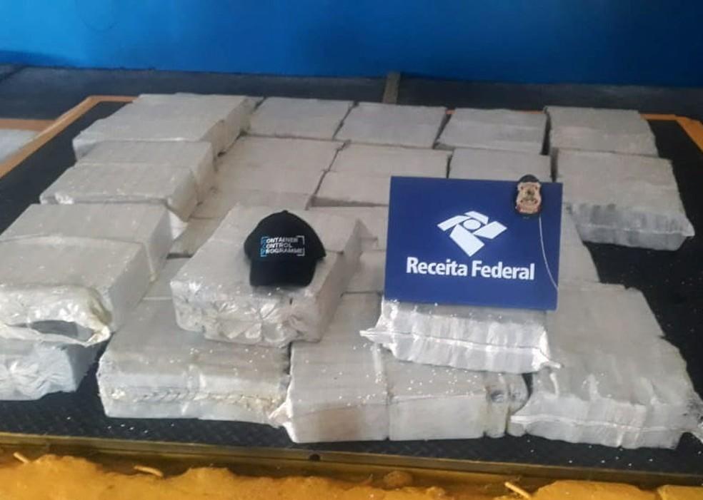 Carregamento de cocaína foi localizado em contêiner no Porto de Santos, SP — Foto: Divulgação/Receita Federal