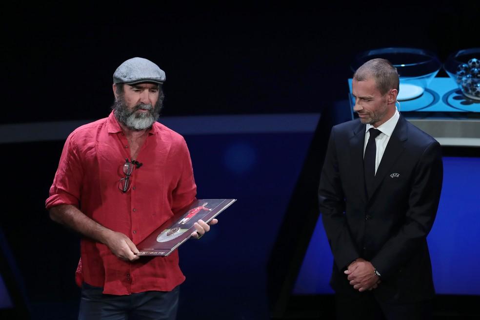 Cantona prêmio Uefa — Foto: Getty Images