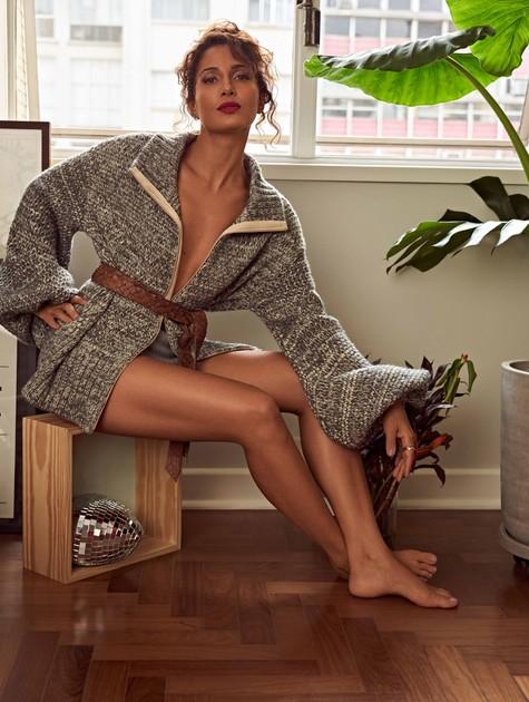 Camila Pitanga posa para a revista 'Cosmopolitan' (Foto:  Tavinho Costa)