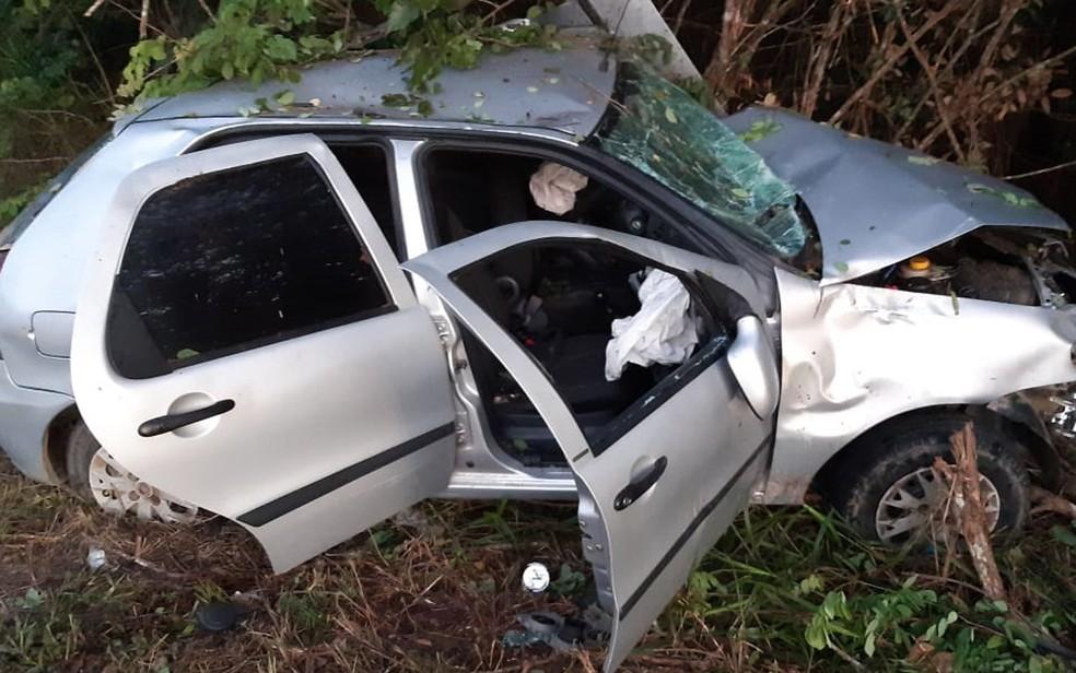 Batida entre carros deixa morto e feridos em Porto Seguro — Foto: Radar 64 / Reprodução