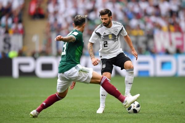 O jogador Marvin Plattenhardt na partida entre Alemanha e México na Copa do Mundo 2018 (Foto: Getty Images)