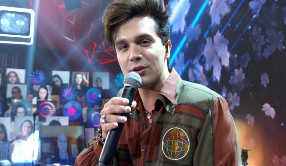 Luan Santana participa do 'Altas Horas — Foto: TV GLOBO
