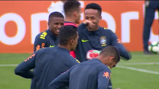 Brasil enfrenta o Peru neste domingo (7), no Maracanã