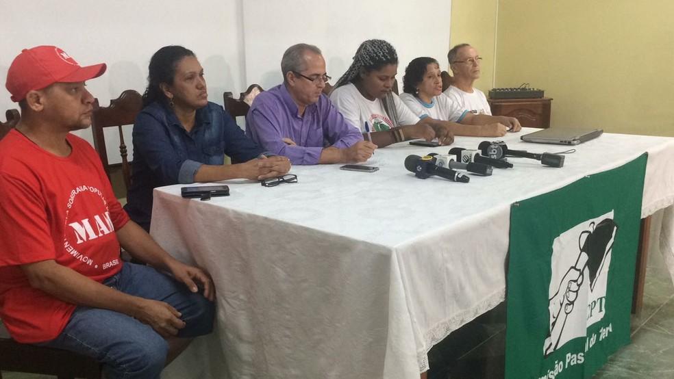A comissão recebeu a imprensa durante coletiva na manhã desta quinta-feira, 12 (Foto: Gabriel Pinheiro/Tv Liberal)
