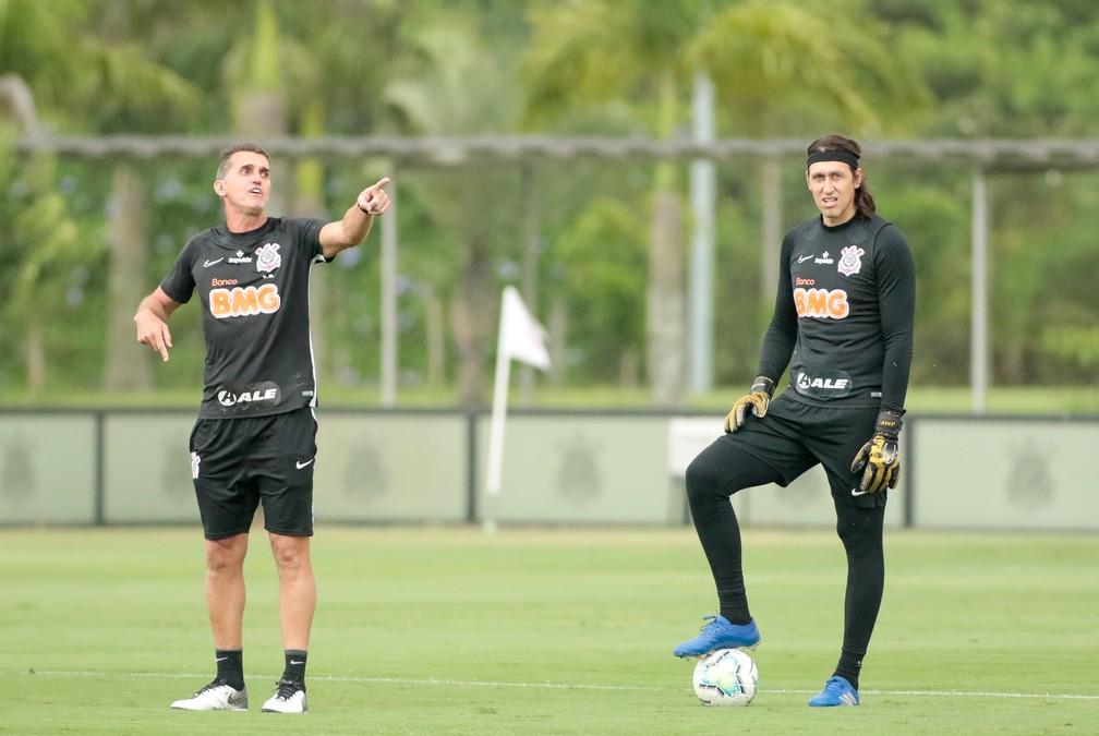 Timão terá Cássio de volta e mudança no meio contra o Fluminense; veja provável escalação