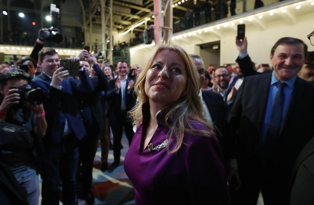 Zuzana Caputova, de 45 anos, é a primeira mulher a se tornar presidente da Eslováquia — Foto: Petr David Josek/AFP