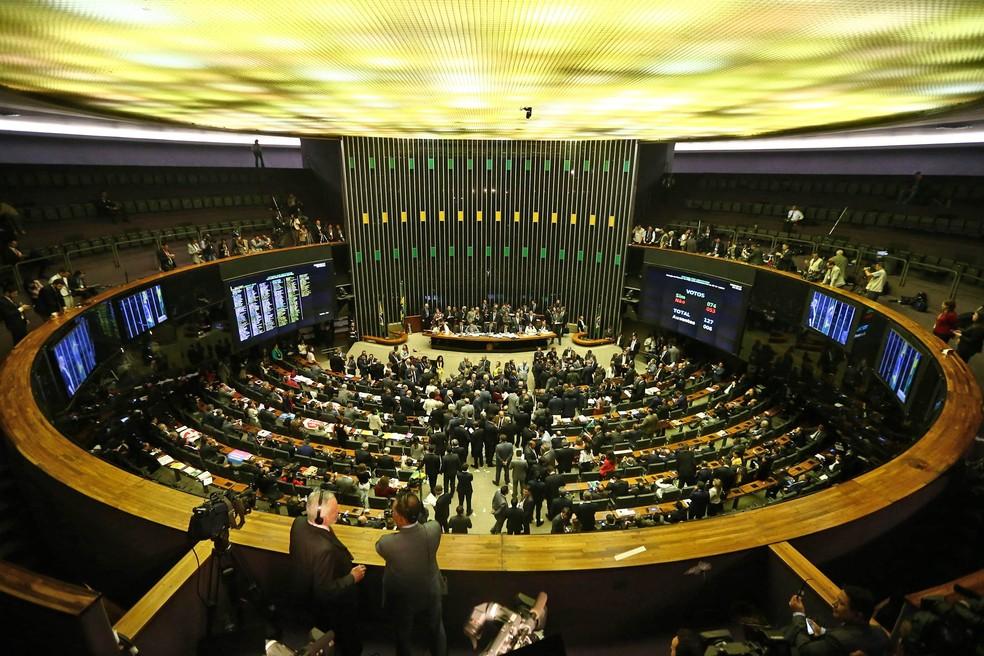 Imagem mostra o plenário da Câmara (Foto: Wilton Júnior/Estadão Conteúdo)