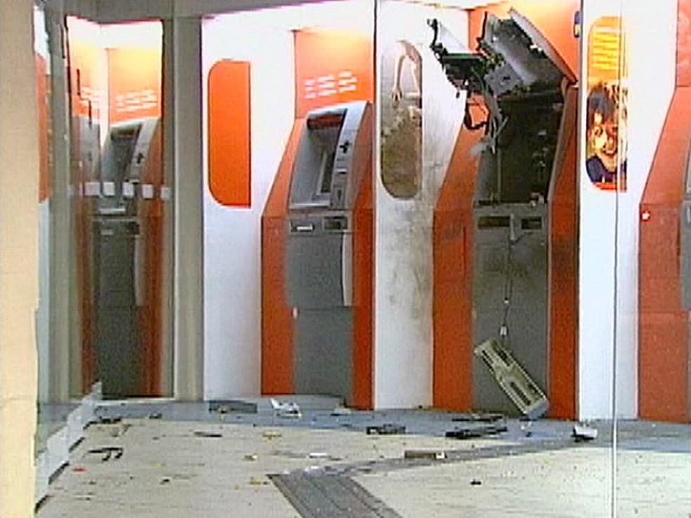 Explosão de banco no RS aconteceu em 2012 — Foto: Reprodução/RBS TV