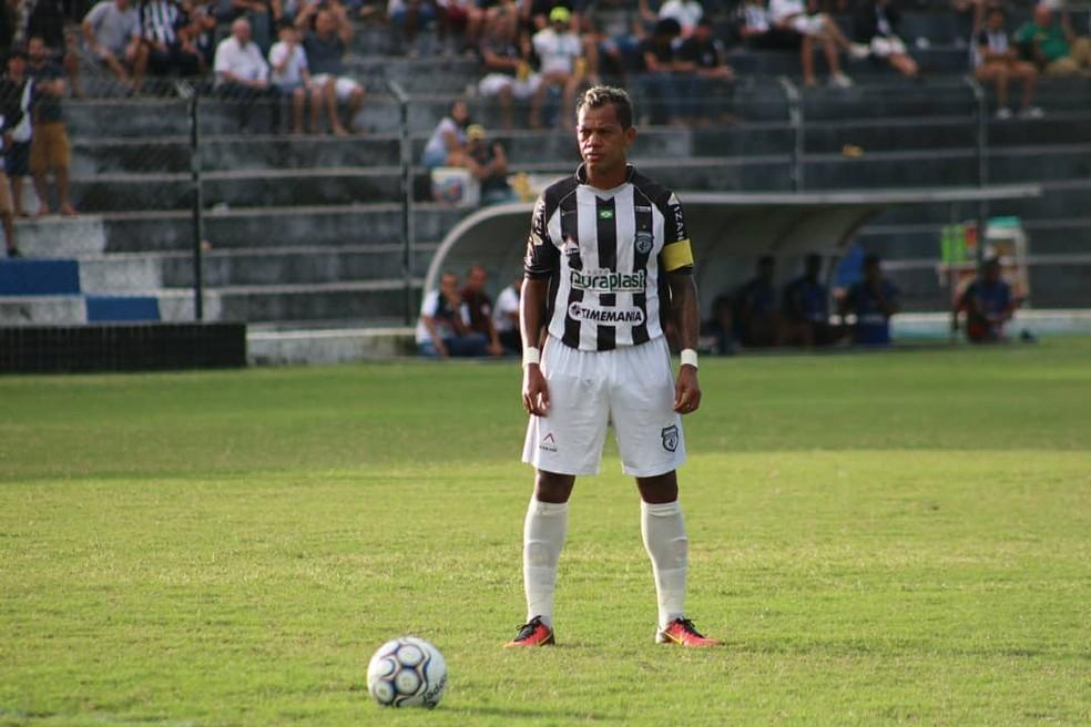 Marcelinho Paraíba é o capitão e camisa 10 do Treze (Foto: Ramon Smith / Treze)