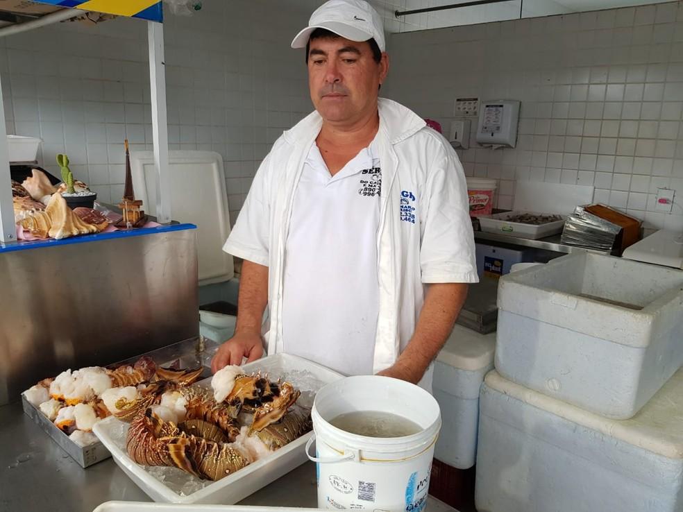 Pescadores que declararam ao Ibama o pescado da lagosta até 7 de dezembro podem comercializar o crustáceo. — Foto: Ricardo Mota/ TV Diário