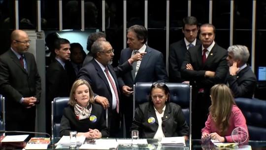 Presidente do Conselho acolhe denúncia contra senadoras que ocuparam plenário