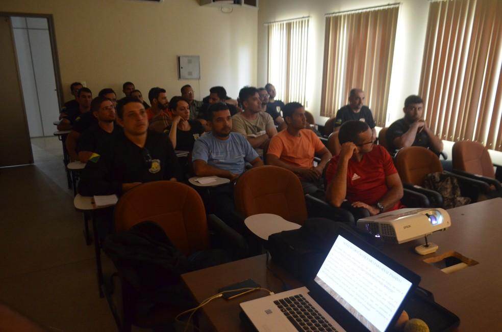 Capacitação é feita com agentes da Polícia Civil em Cruzeiro do Sul  (Foto: Arquivo/Polícia Civil )