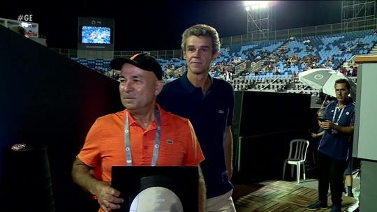 Thiago Monteiro é eliminado no Rio Open, que homenageia Larri Passos, ex-treinador de Guga