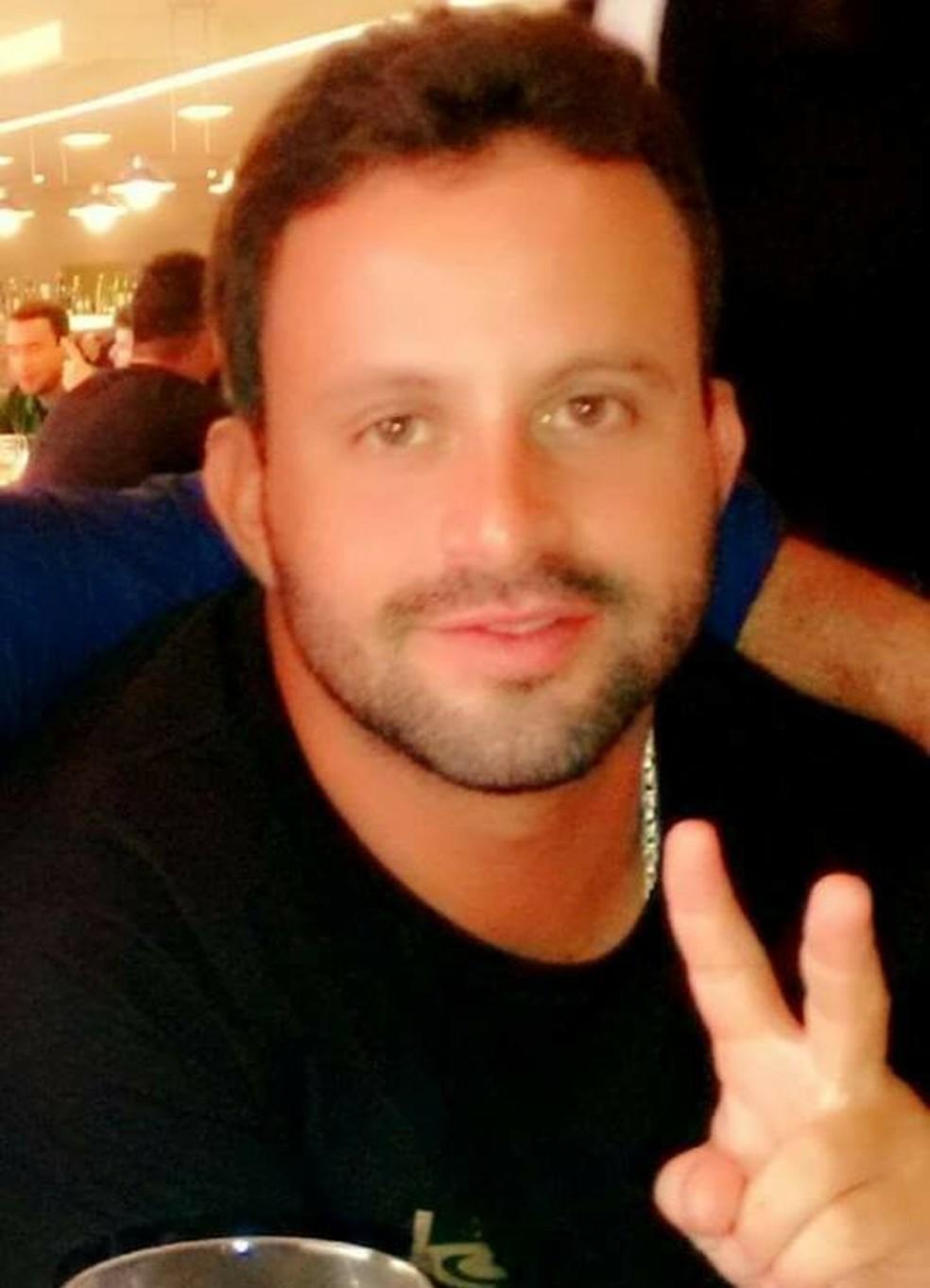 João Paulo Velasco Bastos foi assassinado na praia de Pipa, no litoral potiguar (Foto: Reprodução/Facebook)