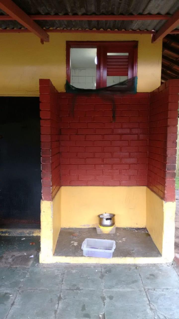 Ladrões invadem quiosque e furtam panelas e botijas no Centro de Boa Vista