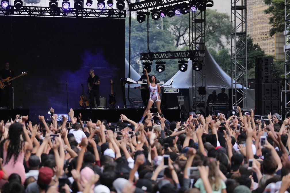 Anitta durante show na Virada Cultural 2019 no Vale do Anhangabaú — Foto: Fábio Tito/G1