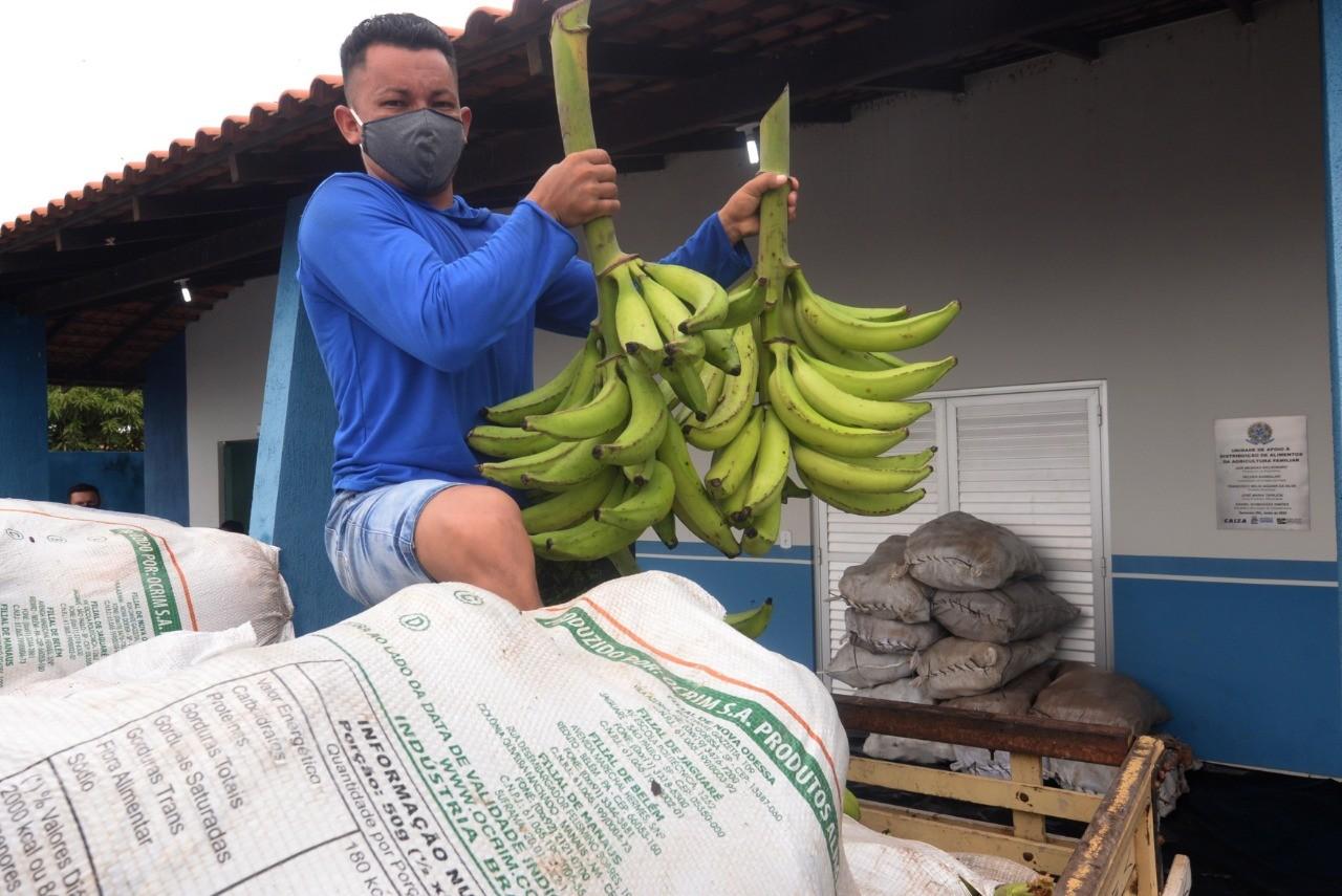Quase 15 toneladas de alimentos adquiridas pelo PAA vão beneficiar usuários dos Cras de Santarém