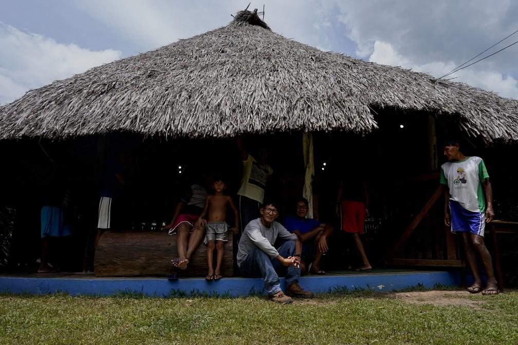 Tribo acusa Exército de cometer atrocidades — Foto: Associated Press