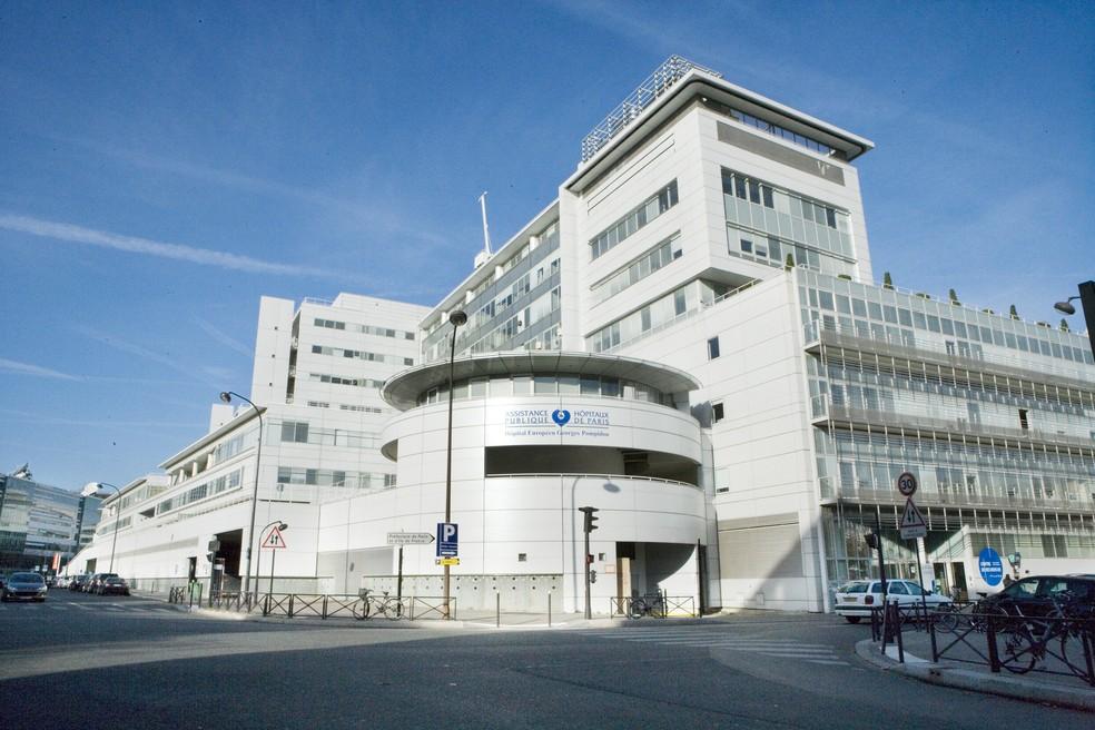 Schumacher teria sido internado no Hospital Georges Pompidou em Paris — Foto: Getty Images