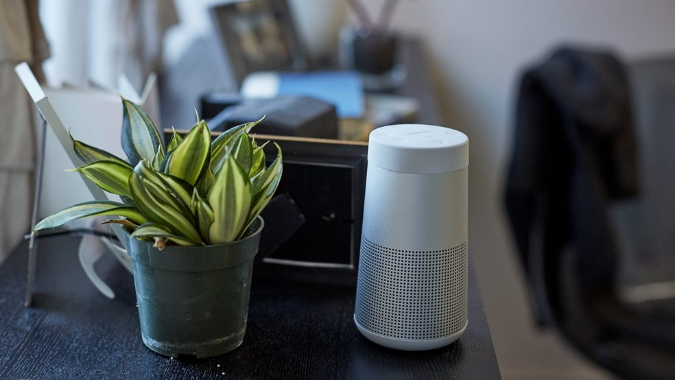 Bose SoundLink Revolve é portátil (Foto: Divulgação/Bose)