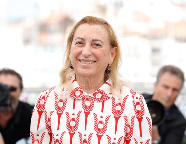 "CANNES, FRANCE - MAY 22:  Miuccia Prada attends the ""Carne Y Arena"" photocall during the 70th annual Cannes Film Festival at Palais des Festivals on May 22, 2017 in Cannes, France.  (Photo by Andreas Rentz/Getty Images) (Foto: Getty Images)"
