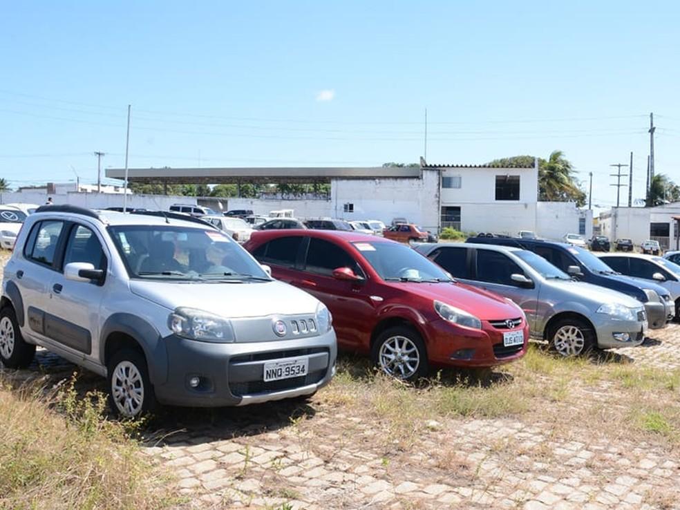Detran leiloa veículos apreendidos em ações de fiscalização e abre visitação pública a lotes no RN — Foto: Detran/Divulgação