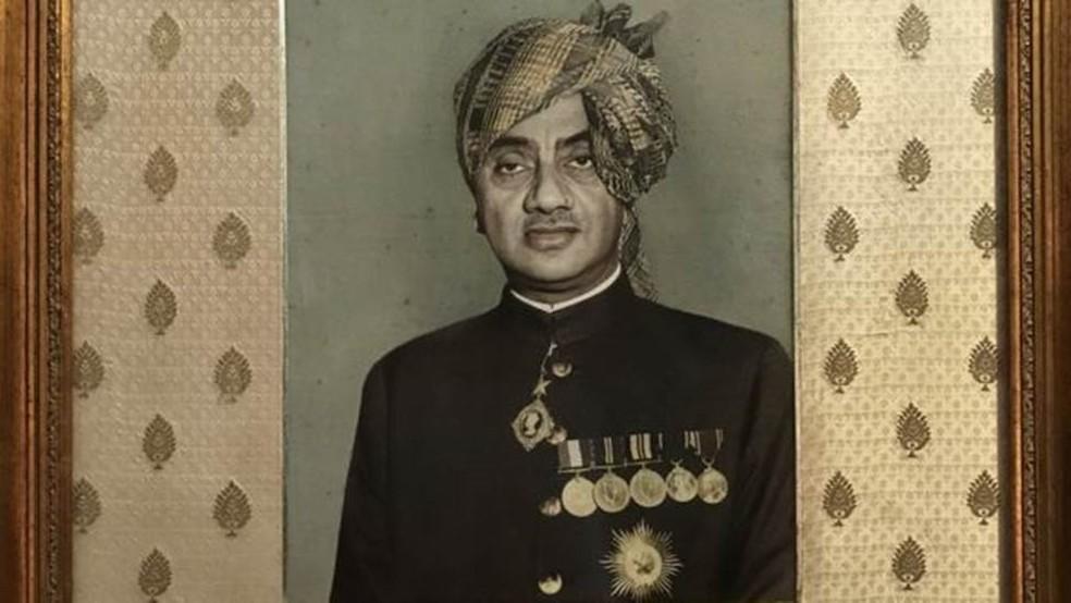 Antes de morrer, o marajá de Bhavnagar, Shri Virbadrasinghji, doou todas as vacas para Celso Cid (Foto: BBC)