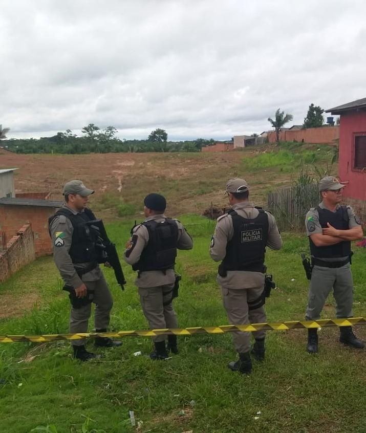 Jovem sai para comprar carne e é executado a tiros em bairro de Rio Branco