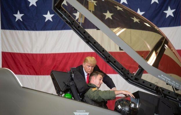 O F-35, da Lockheed Martin, é mais caro que o Super Hornet, mas com capacidades superiores (Foto: Getty Images via BBC News Brasil)