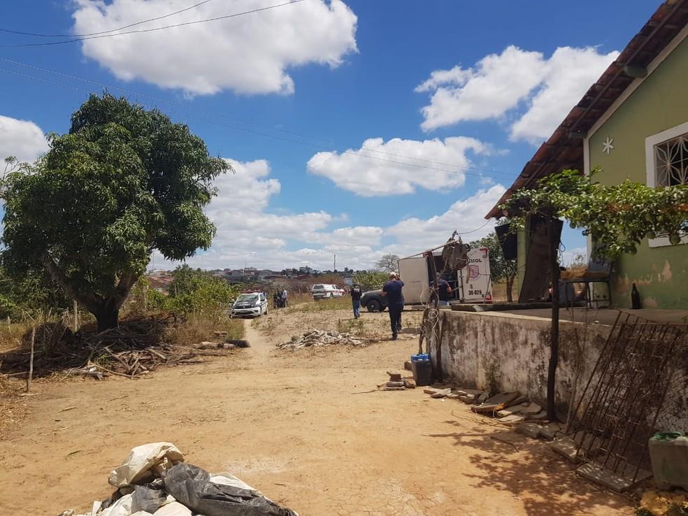 Homem é morto com golpes de enxada na cabeça após assalto em Remígio, na PB — Foto: Polícia Civil/Divulgação