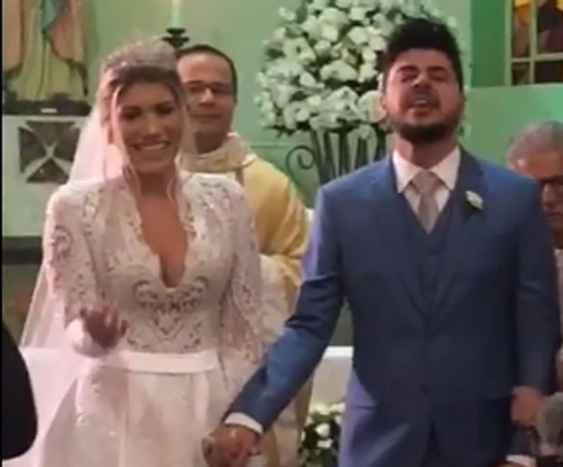 Paula Vaccari e sertanejo Cristiano se casam (Foto: Reprodução/Instagram)
