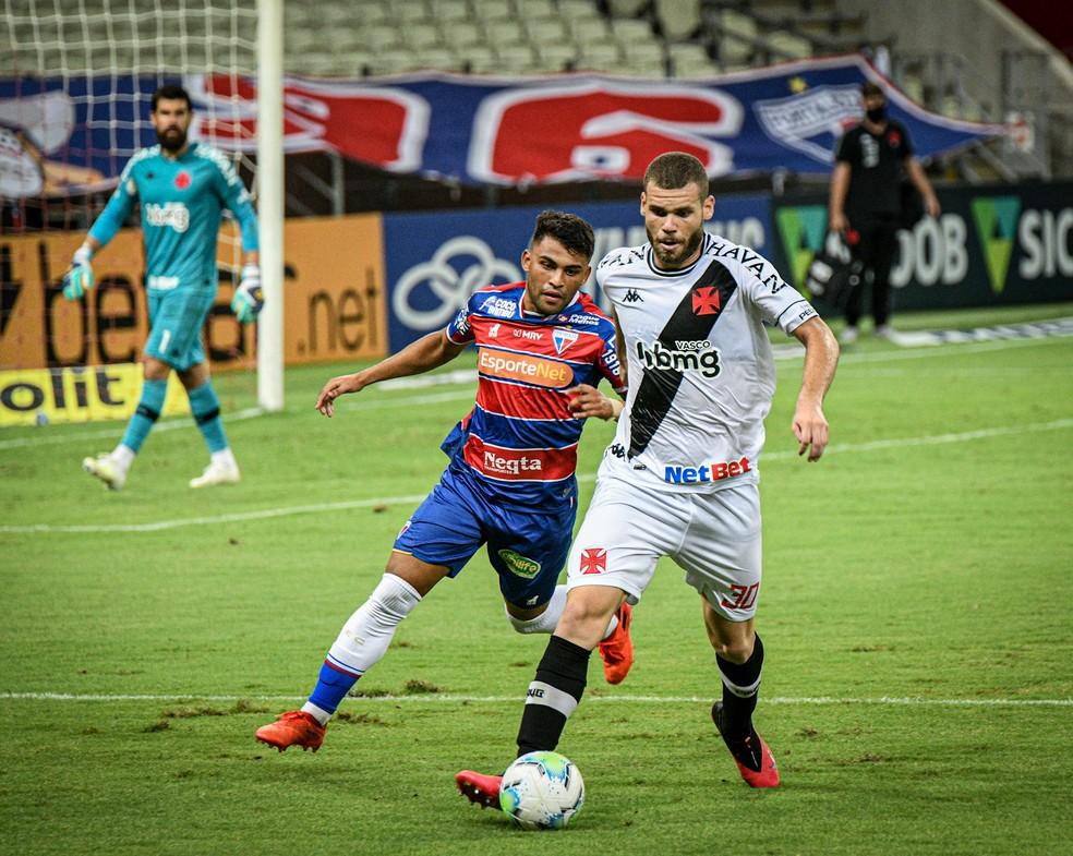 Marcelo Alves foi titular com Vanderlei Luxemburgo — Foto: Kely Pereira/Agência Estado