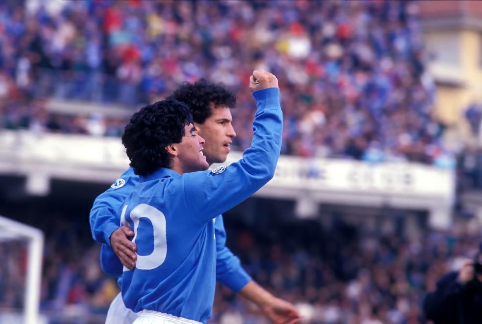 Careca e Maradona formaram uma das grandes duplas do futebol pelo Napoli — Foto: Getty Images
