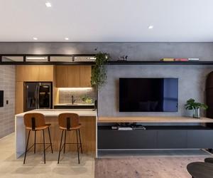 Tons neutros, praticidade e memória afetiva em apê de 105 m²