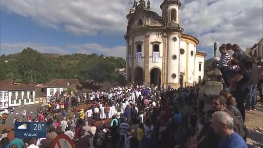 Tapetes de Cospus Christi são tradição em Ouro Preto