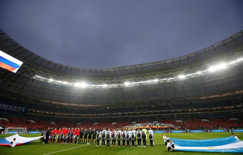 Brasil deve pegar a Rússia no Luzhniki, mas quer treino em palco da Copa