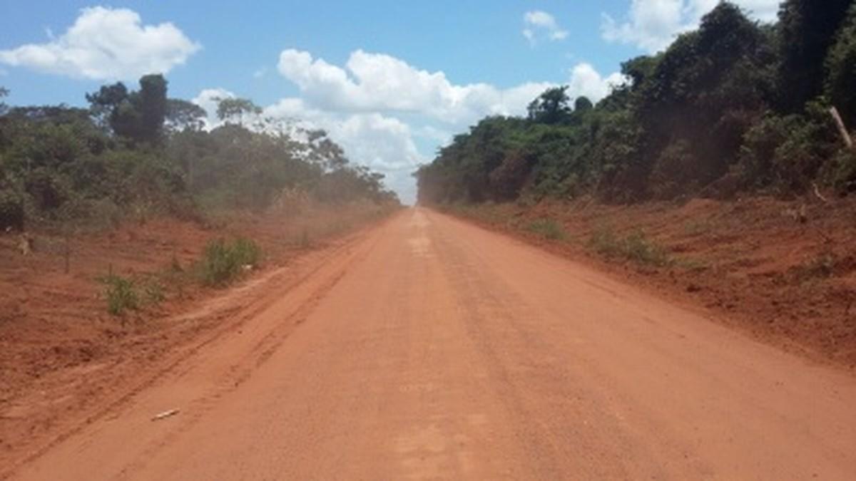 Governo de MT suspende mais uma licitação de obra em estrada após TCE apontar irregularidades