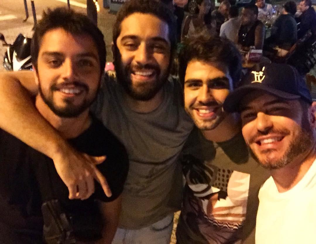 Rodrigo Simas, Miguel Rômulo, Juliano Laham e Bruno Gissoni (Foto: Reprodução Instagram)