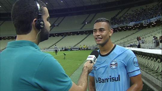 Thonny Anderson celebra gol em vitória do Grêmio sobre o Ceará