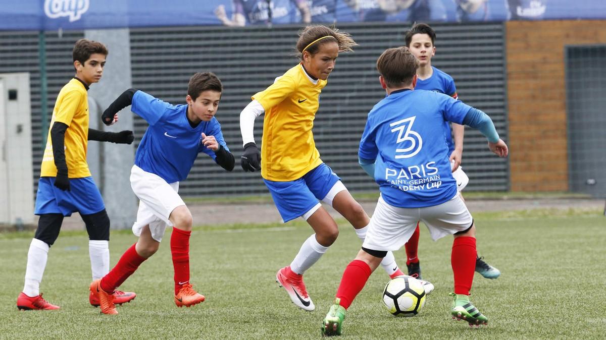 41e7be0f70 Equipe feminina da escolinha do PSG no Brasil disputará torneio masculino