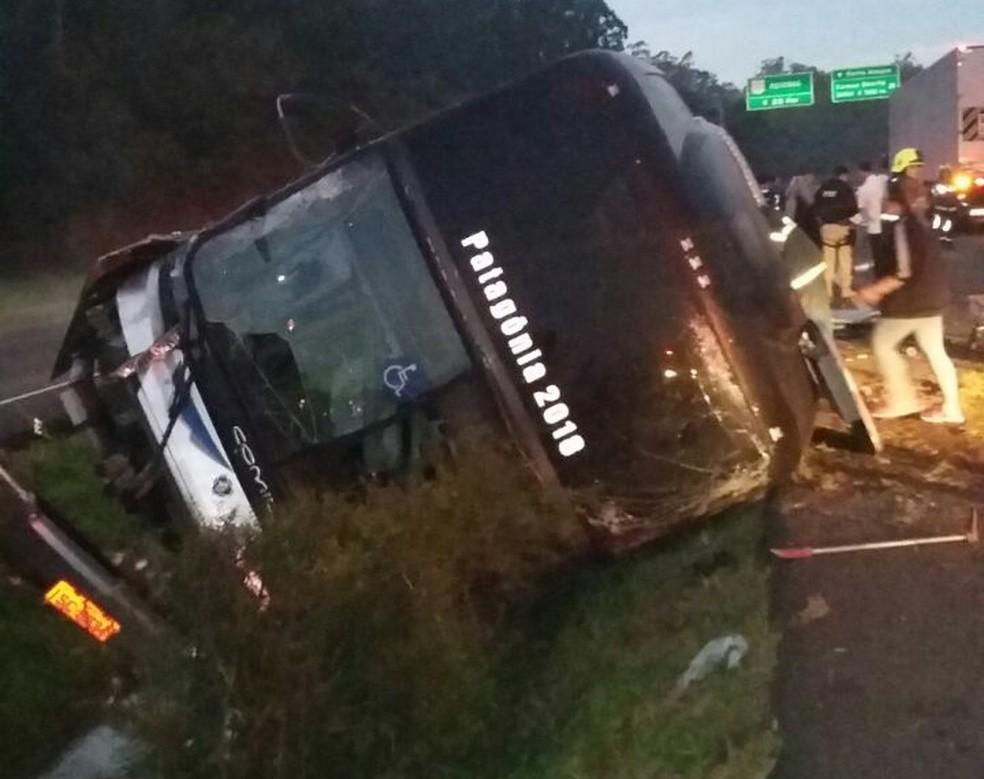 Acidente na BR-101 em Torres (Foto: PRF/Divulgação)