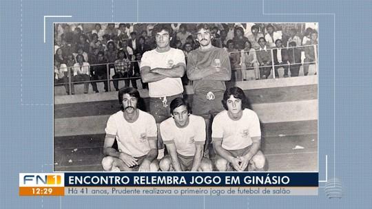 Em reencontro 41 anos depois, ex-atletas celebram jogo que mudou a história do futsal prudentino