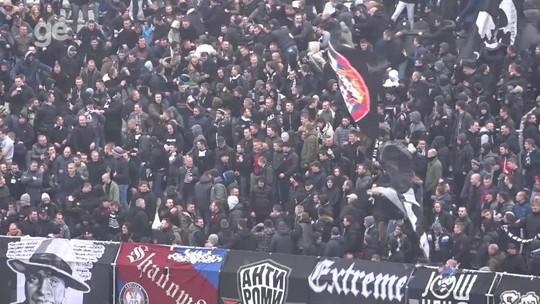 Sinalizadores, empurrões... As ''brincadeiras'' da torcida do Partizan