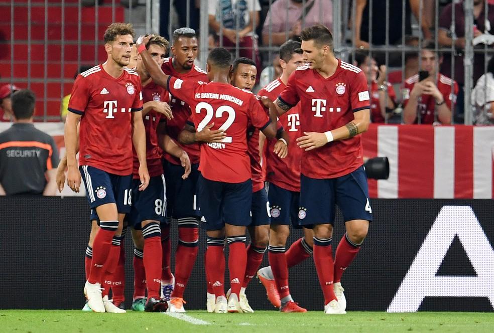 Jogadores do Bayern de Munique comemoram o gol da vitória sobre o Manchester United (Foto: Andreas Gebert/Reuters)