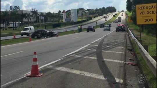 Idosa morre em acidente entre carro e caminhão em Jundiaí