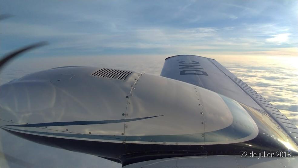 Copiloto também enviou a foto do avião para a namorada (Foto: Luis Fernando Correa de Souza/Arquivo pessoal)