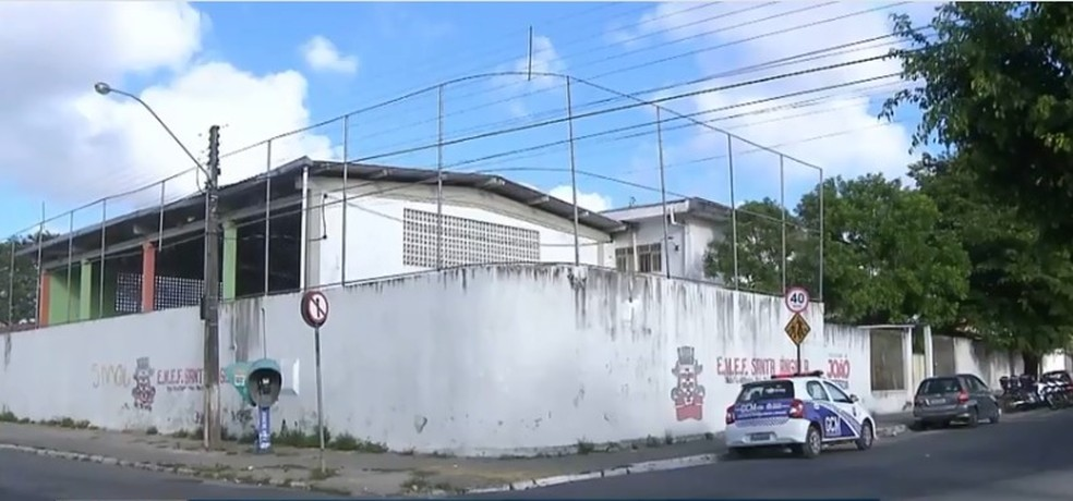 Pai desabafa após filho ser baleado dentro de escola, em João Pessoa: 'se fosse na rua era outra coisa'. — Foto: Reprodução/TV Cabo Branco